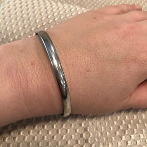 Jewelry - Authentic Nine2five silver bangle bracelet